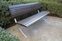 Современные скамейки из лиственницы на стальных опорах СТ40л-1,8