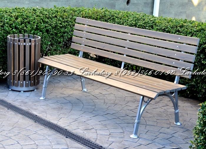 Скамейки и урны из дерева лиственницы на стальном каркасе