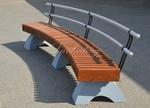 Скамейки радиусные на бетоне со спинкой